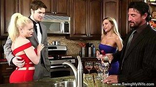 فيديو تبادل الزوجات xxx أفلام مجانية في Onlyhardporn.mobi